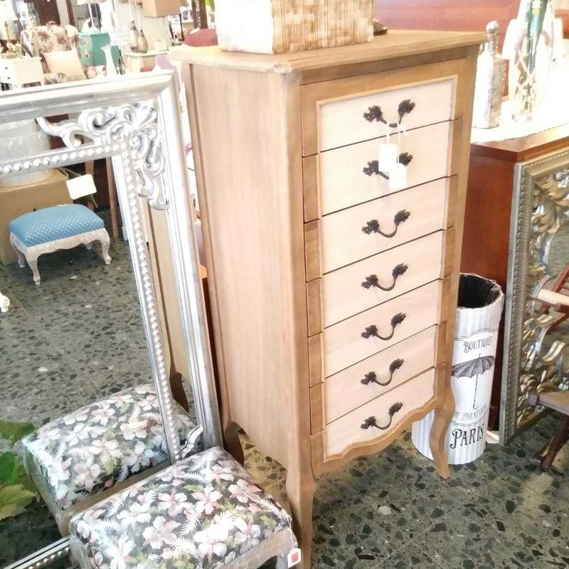 Cuadros y regalos: Productos de Muebles Gondisa