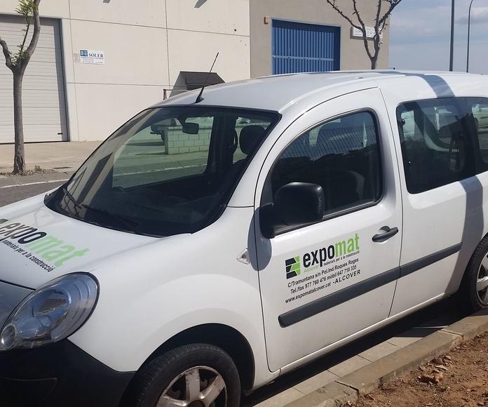 Transporte en furgoneta y camión grúa: Productos y Servicios de Expomat Alcover S.L.