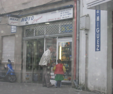 INSTALACION DE UN SERVICIO 24H EN UN TALLER DE MOTOS