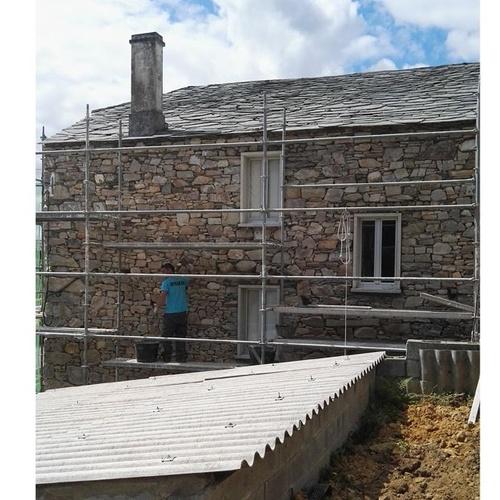 Construcción de casas de piedra