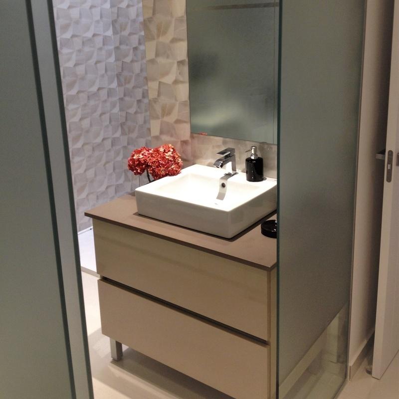 Mueble de baño color marrón chocolate brillo