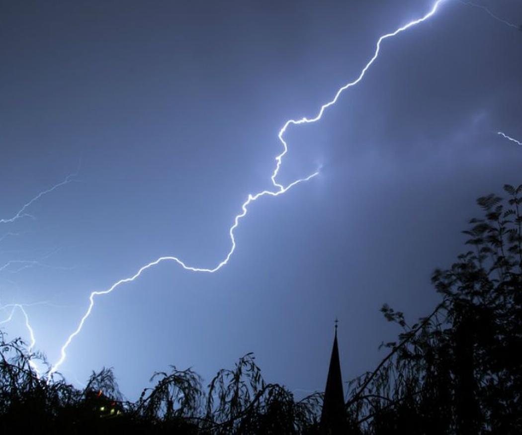 Las tormentas, una gran amenaza para las antenas