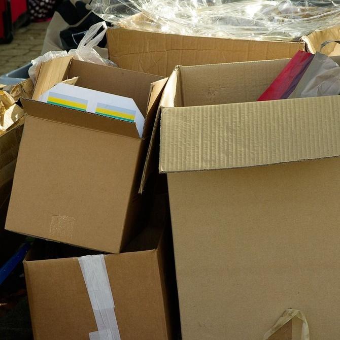 ¿Cómo embalar adecuadamente los objetos frágiles en una mudanza?