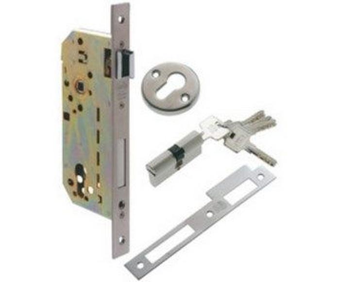 Cerrajería: Productos de Puertas & Automatismos de La Cruz