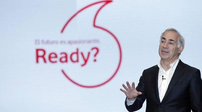Vodafone cambia su eslogan: ficha a Steve Wozniak con música de David Bowie