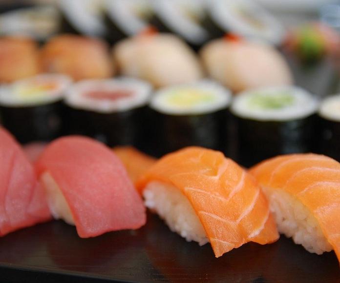 Nigiri (2 piezas): Menús de Kiniro Sushi