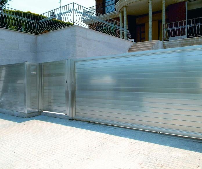 A84 puerta corredera de aluminio y peatonal