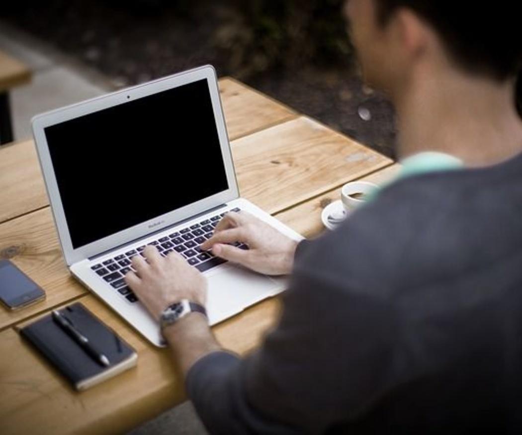¿Portátil u ordenador de sobremesa?