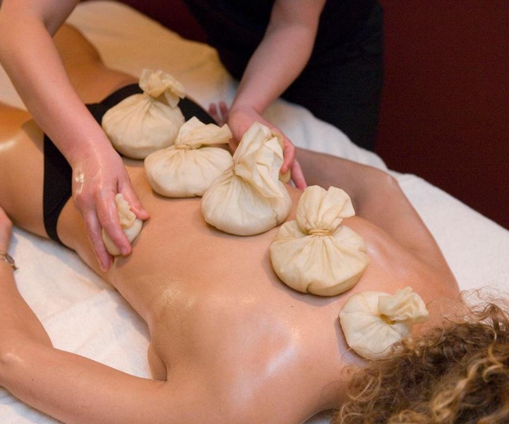 ¿En qué consisten los masajes ayurvédicos?