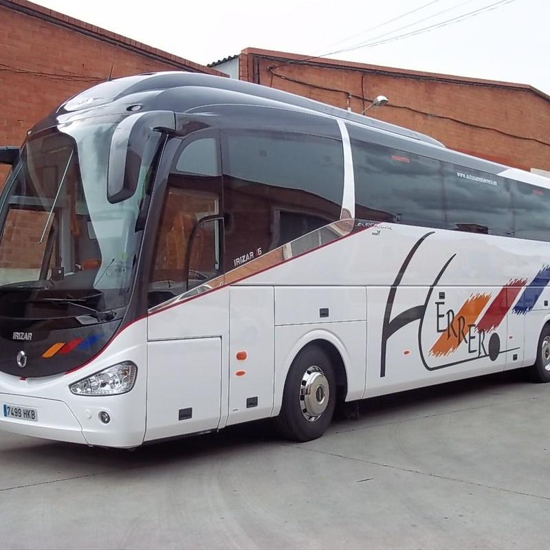 Autocares de 36 plazas: Servicios de Autocares Herrero