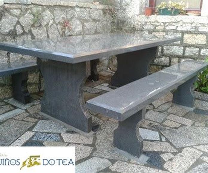 Mesas y bancos de piedra natural a medida