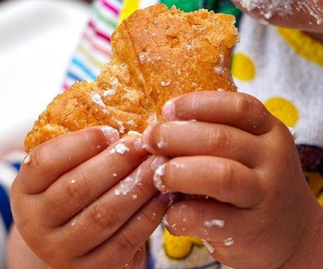 Cinco consejos para disfrutar de la comida con niños pequeños