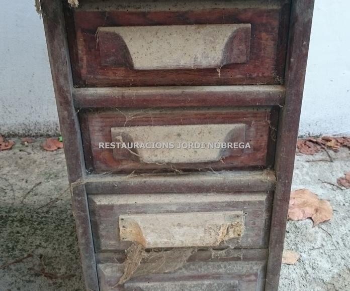 Restauración Bureau roble en Barcelona