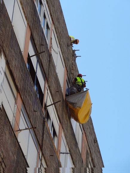 Sistema de protección a terceros.Trabajos verticales Torrelavega-Santander.