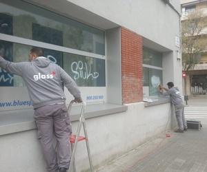 Limpieza de cristales de edificios en Barcelona