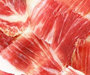 Elaboración de jamones y embutidos en Málaga