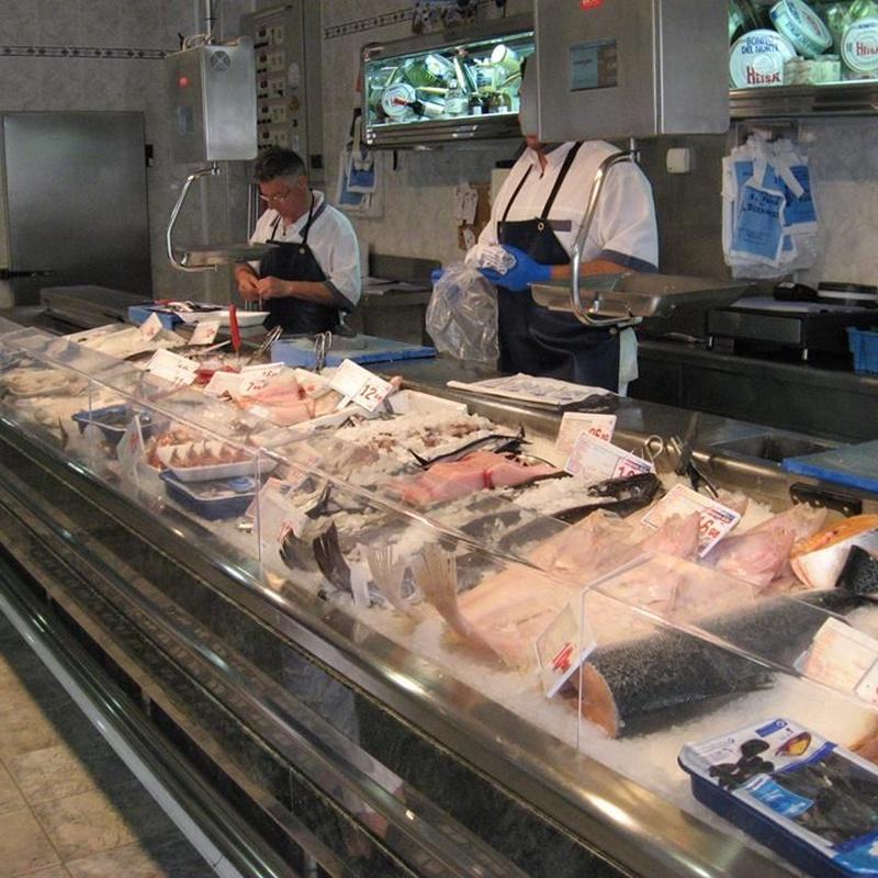 Pescados y mariscos frescos: Productos de Pescadería El Faro de la Bozada