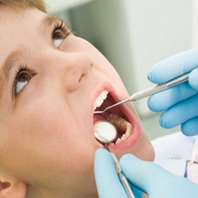 Regala a tus hijos la costumbre de acudir al dentista