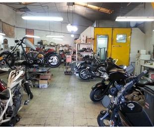Taller de reparación y mantenimiento Harley Davidson