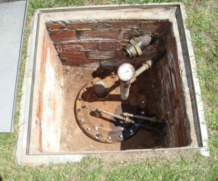 Limpieza depósitos metálicos enterrados de gasoil.: Servicios de limpieza de Limpiadora del Valles de 1965, S.C.P.