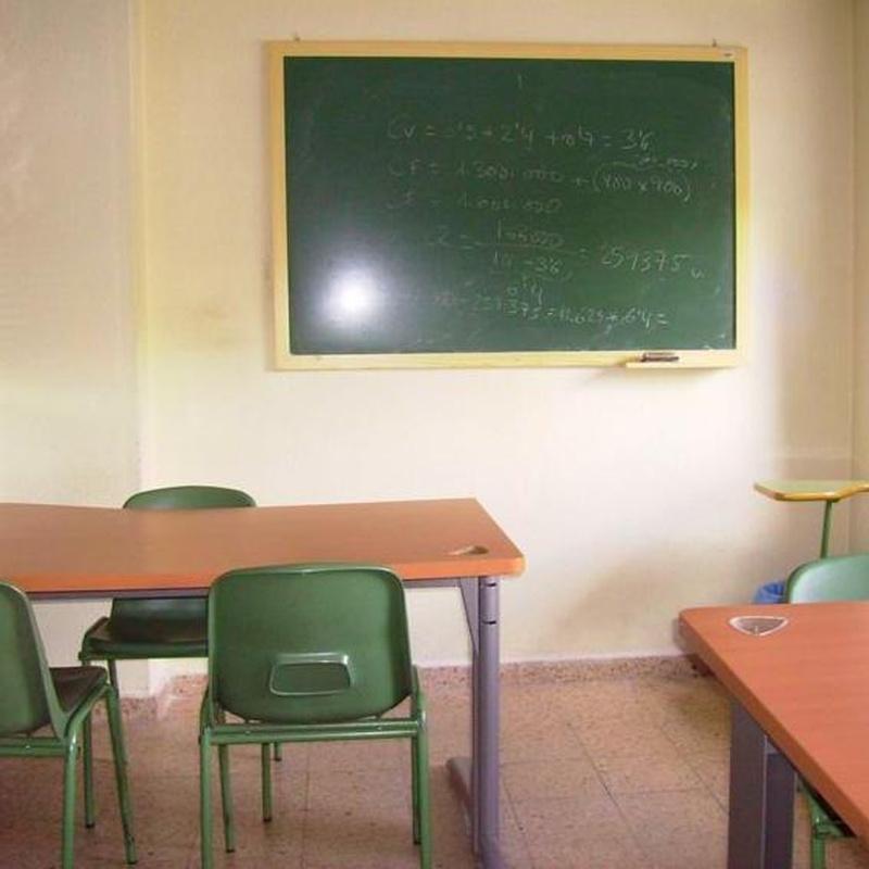 Clases de refuerzo: Centro de enseñanza   de Academia Simaer