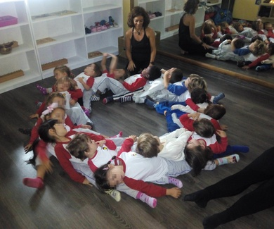 Yoga en Playschool