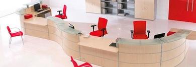 Mobiliario para locales comerciales en Girona