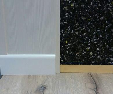 Aislamiento Acústico para paredes revestido con friso
