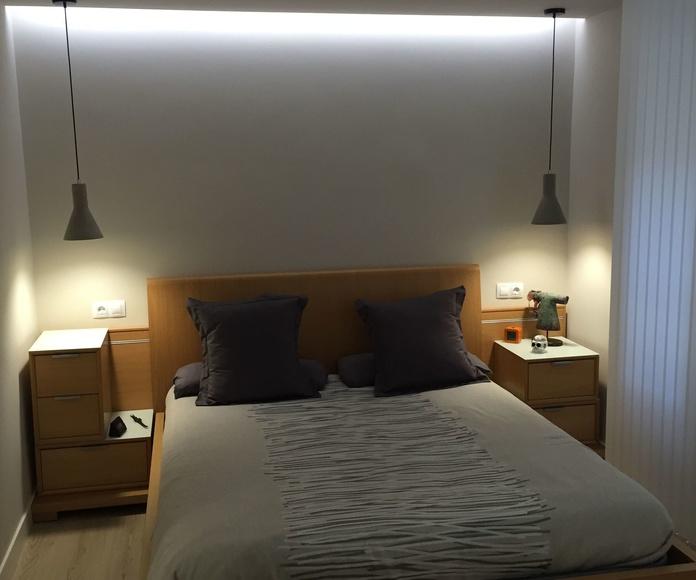 Reforma de habitacion con ampliacion de viga para colocacion de puntos de luz y led, eliminacion de gota, pintura, tarima flotante, cortinas y lamparas.