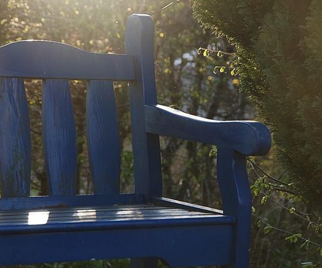 ¿Cómo pintar muebles de madera segunda mano?
