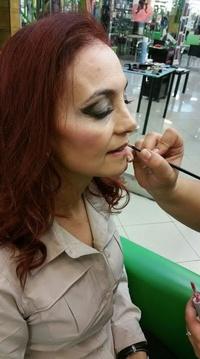 Maquillaje en Trebol's Peluqueros