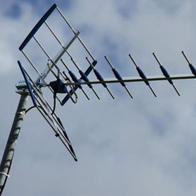 Los permisos de instalación de antenas de televisión