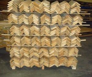 Fabricación de cantoneras