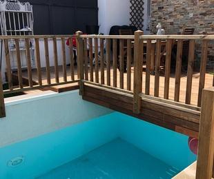 Baranda perimetral para piscina