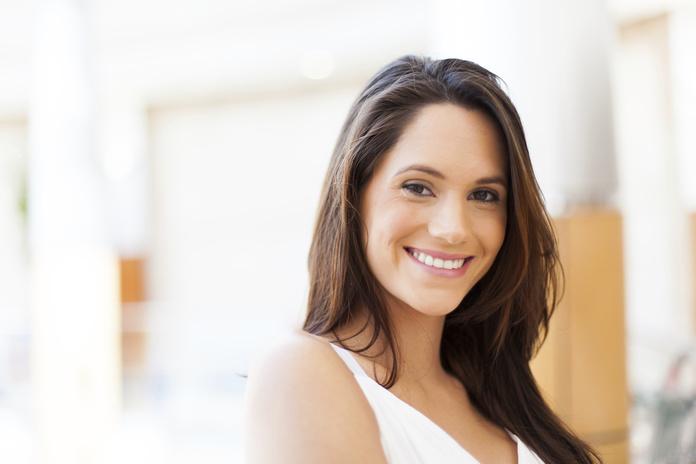 Estética dental: Servicios de Clínica Dental Irudent
