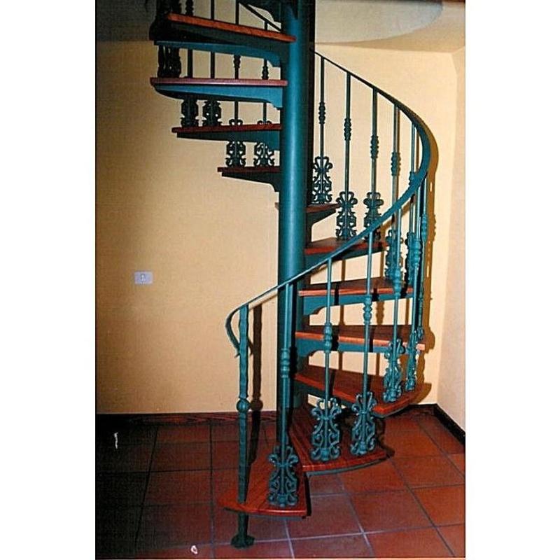Escaleras de caracol: Productos y servicios de Industria Herremetálica