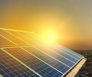 Promoción en servicio de mantenimiento placas solares.