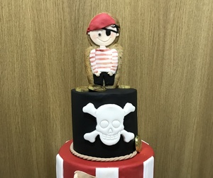 Tarta pirata en fondant y galleta
