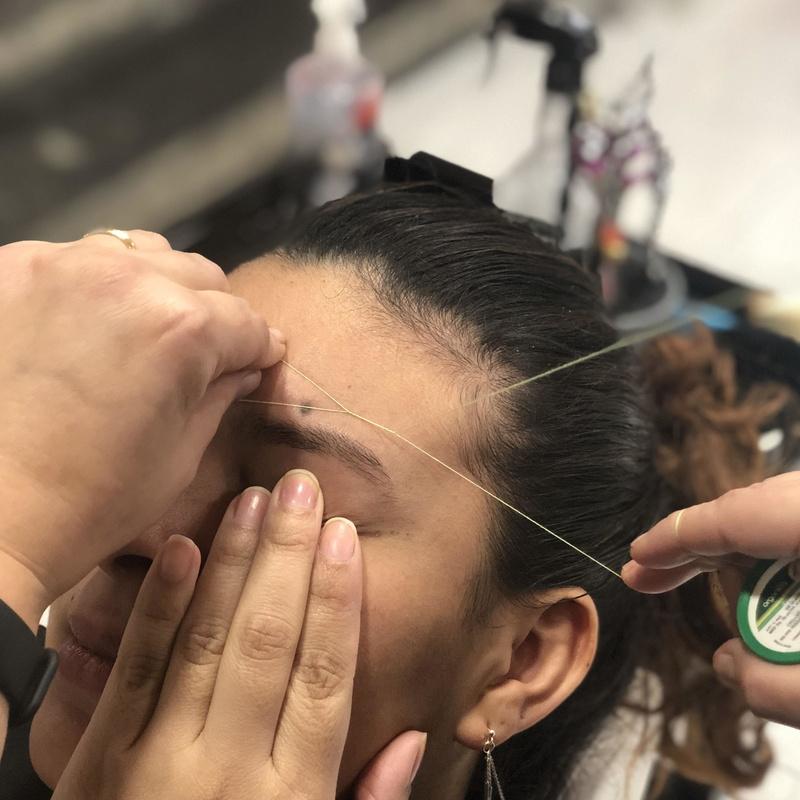Depilacion facial con hilo: Servicios de Peluquería Marsun