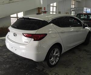 Nuevo Opel Astra para laminar