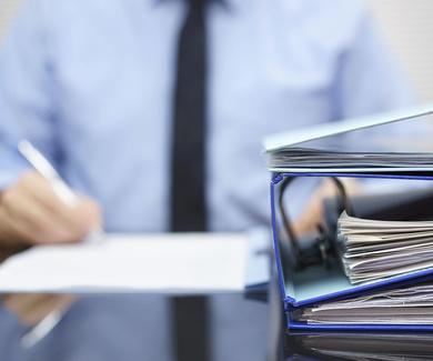 Reconocida la relación laboral de un estudiante contratado como becario