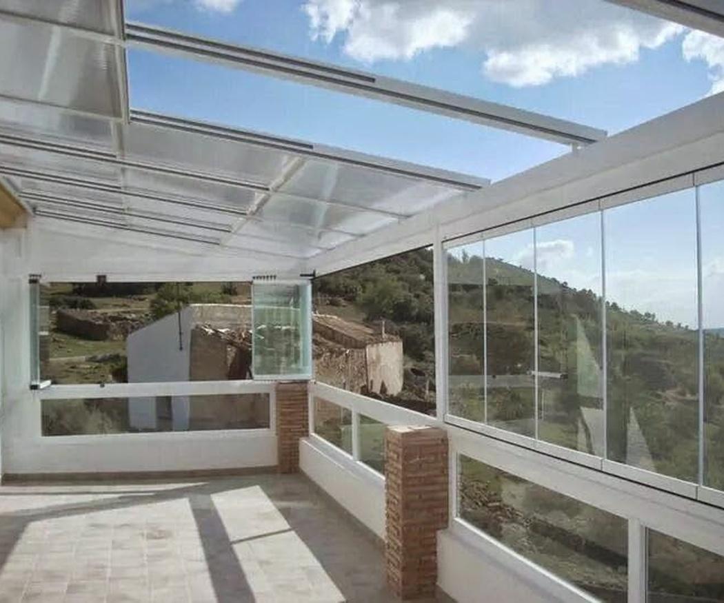 Respondemos a dudas sobre los cerramientos de terrazas