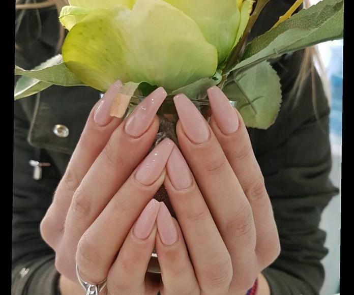Novias madrinas y eventos: Servicios de Gemma Beauty Bar