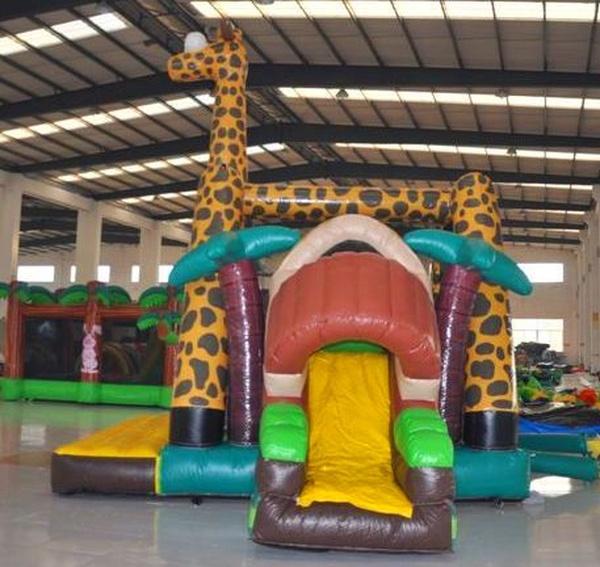 Hinchable Girafa con tobogán