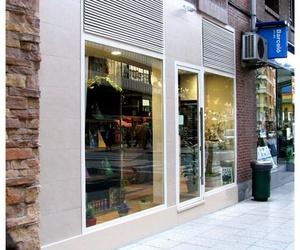 Instalación de escaparates en Asturias