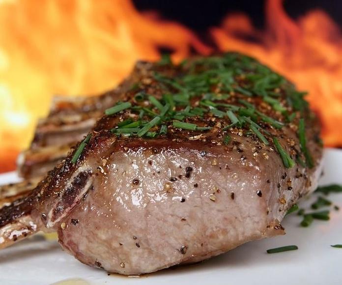 Carnes : Nuestros platos  de Tasca Catalina