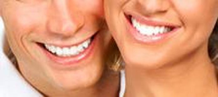 Estética dental: Servicios de Clínica Dental Begoña Irigaray