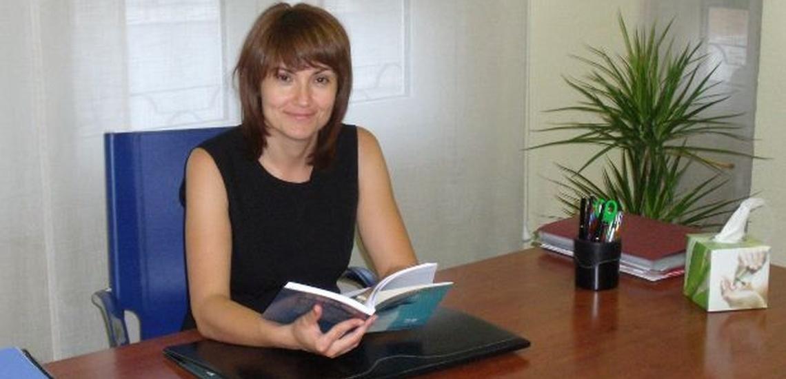 María Ángeles Molina Valdés, especialista en terapia de parejas en Villena