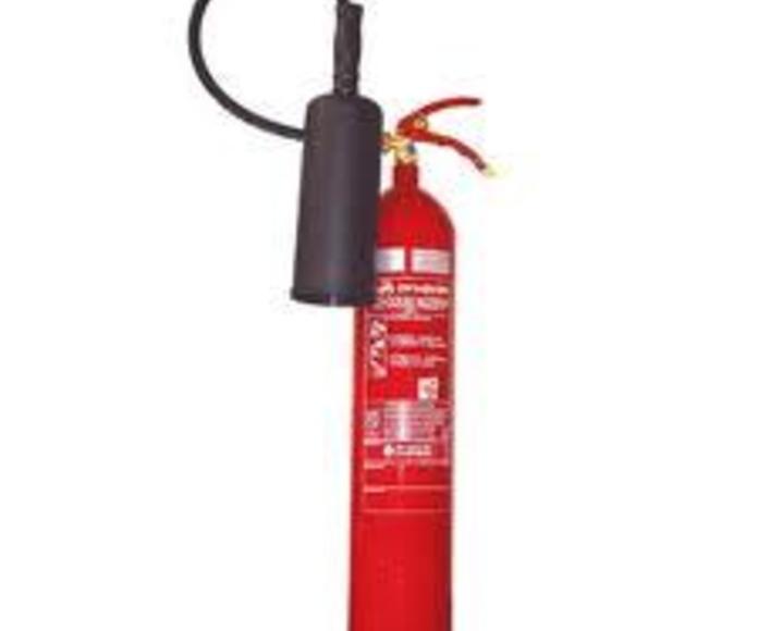 Extintores de polvo químico: Servicios de Benamir Instalaciones