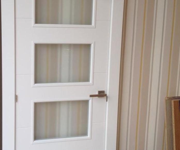 Puertas: Nuestros Trabajos de Carpintería Zunzarren